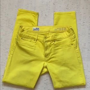 Gap Hot Yellow Cropped Ankle Jeans Sz. 26